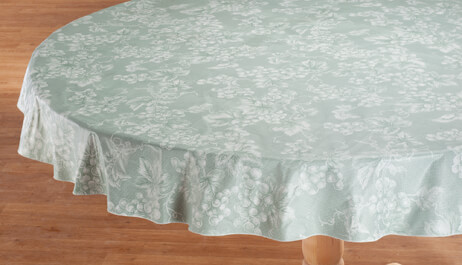 Table Covers & Tablecloths