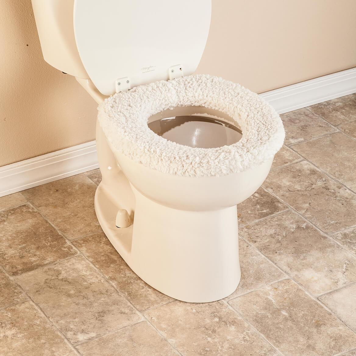 Wondrous Sherpa Toilet Seat Cover By Oakridge Creativecarmelina Interior Chair Design Creativecarmelinacom