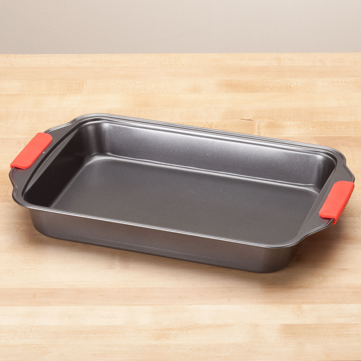 Heavy Duty 9x13 Pan with Red Silicone Handles by HSK-356754