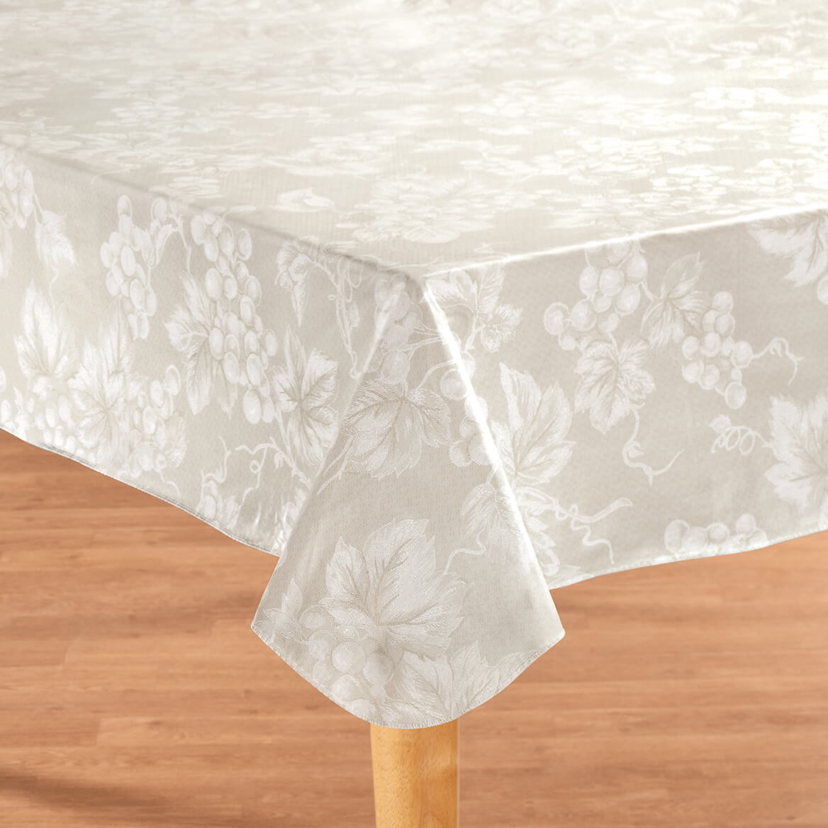 Walter Drake & Grape Vine Premium Vinyl Table cover