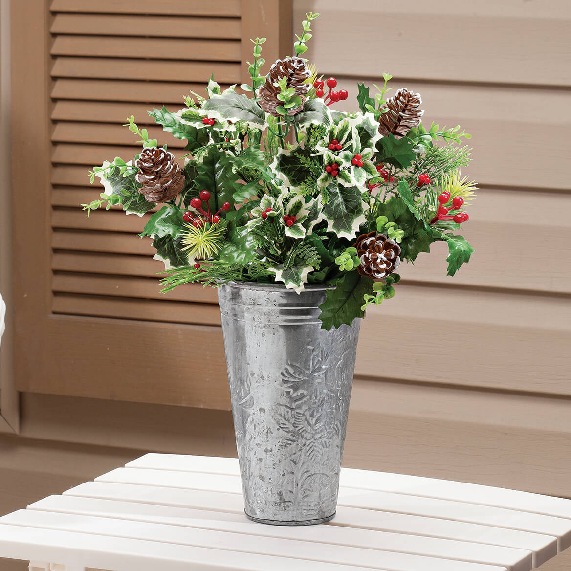 "18"" Holly Leaves and Pinecone Bush by OakRidge™-363452"