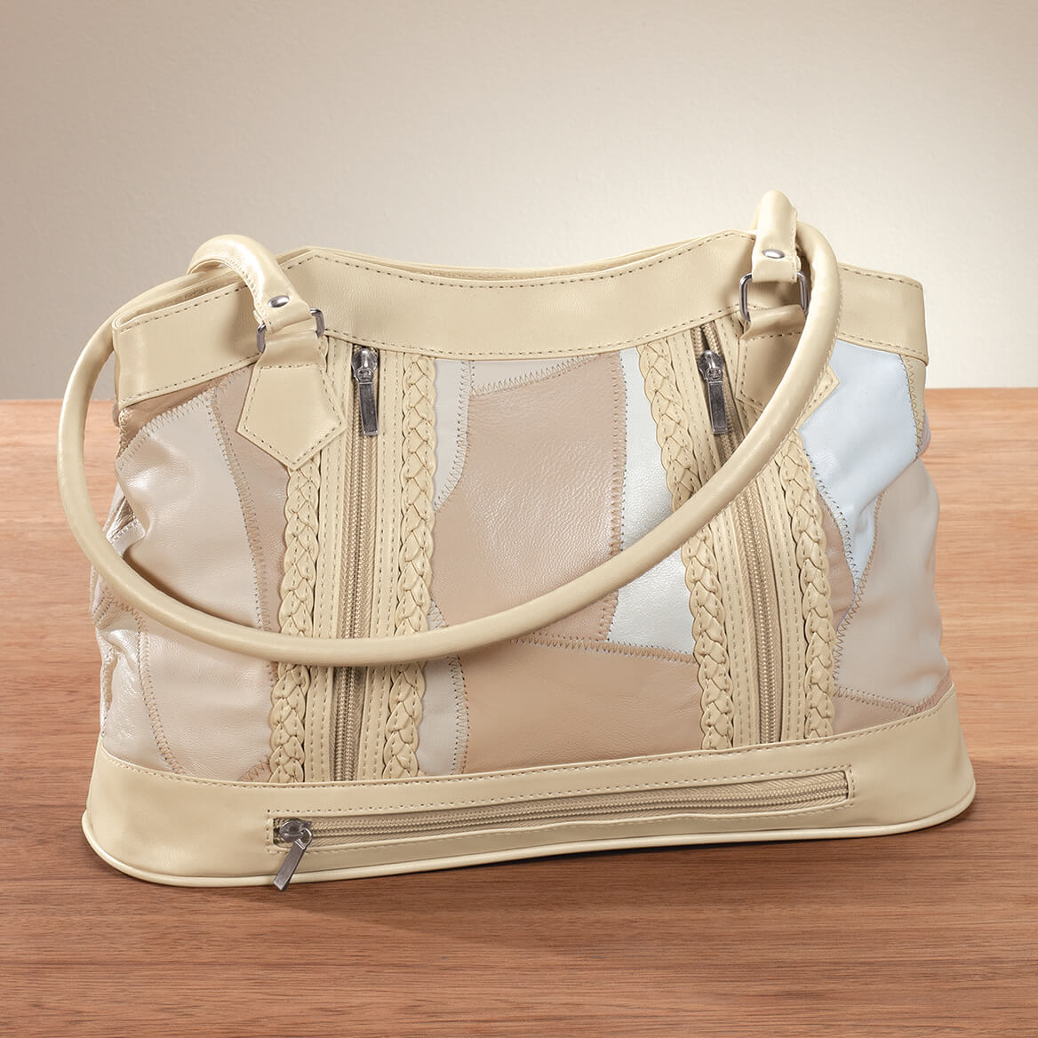 Five Pocket Cream Patch Leather Shoulder Bag-369224
