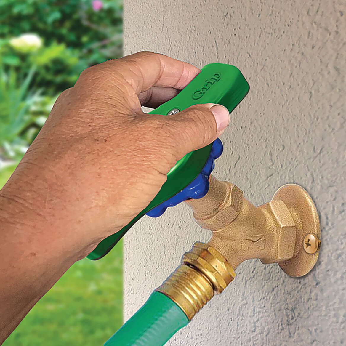 Easy Turn Outdoor Faucet Grip-369331