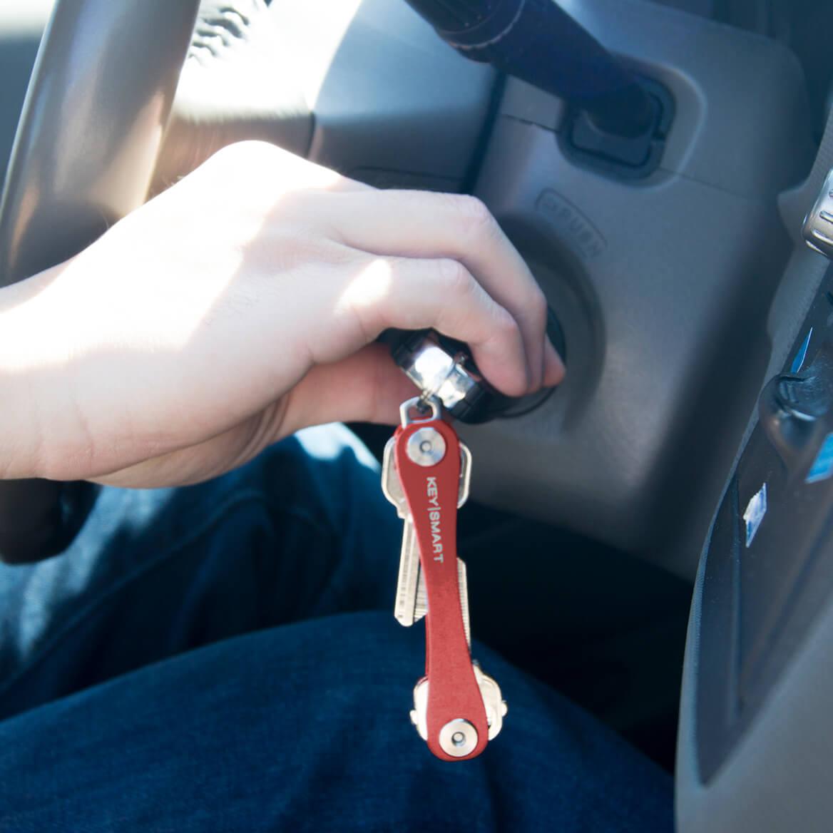 KeySmart® Original Compact Key Holder-370994