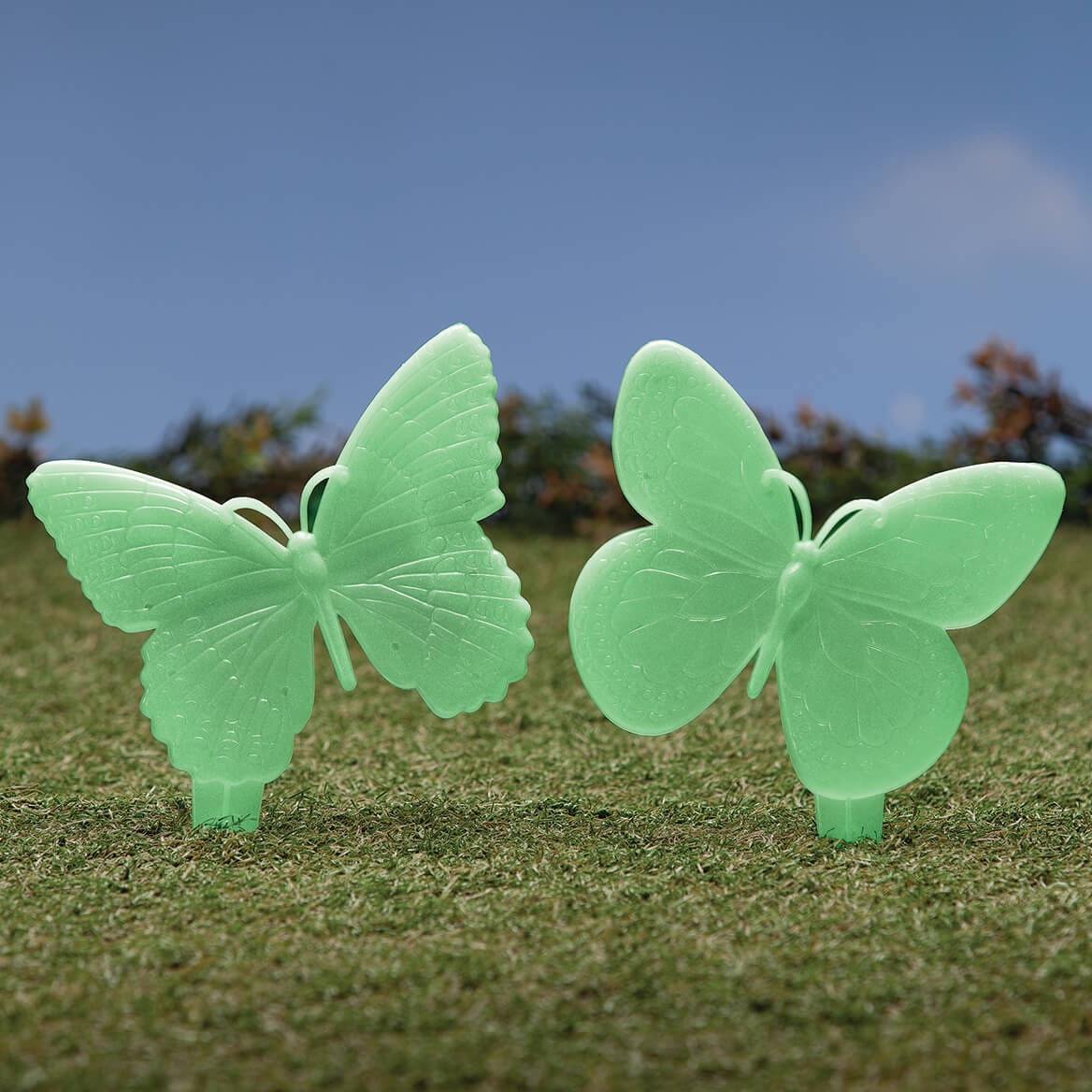 Glow in the Dark Butterfly Stakes, Set of 2-371400