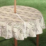 Outdoor Entertaining - Patio Table Cover with Zipper - Fern Design