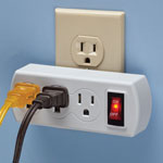 New - 3 Plug Outlet Switch