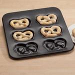 Bakeware & Cookware - Pretzel Pan