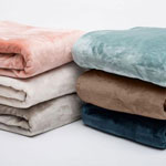 Silana Collection Ultra Plush Solid Blanket, Full/Queen, Eggnog