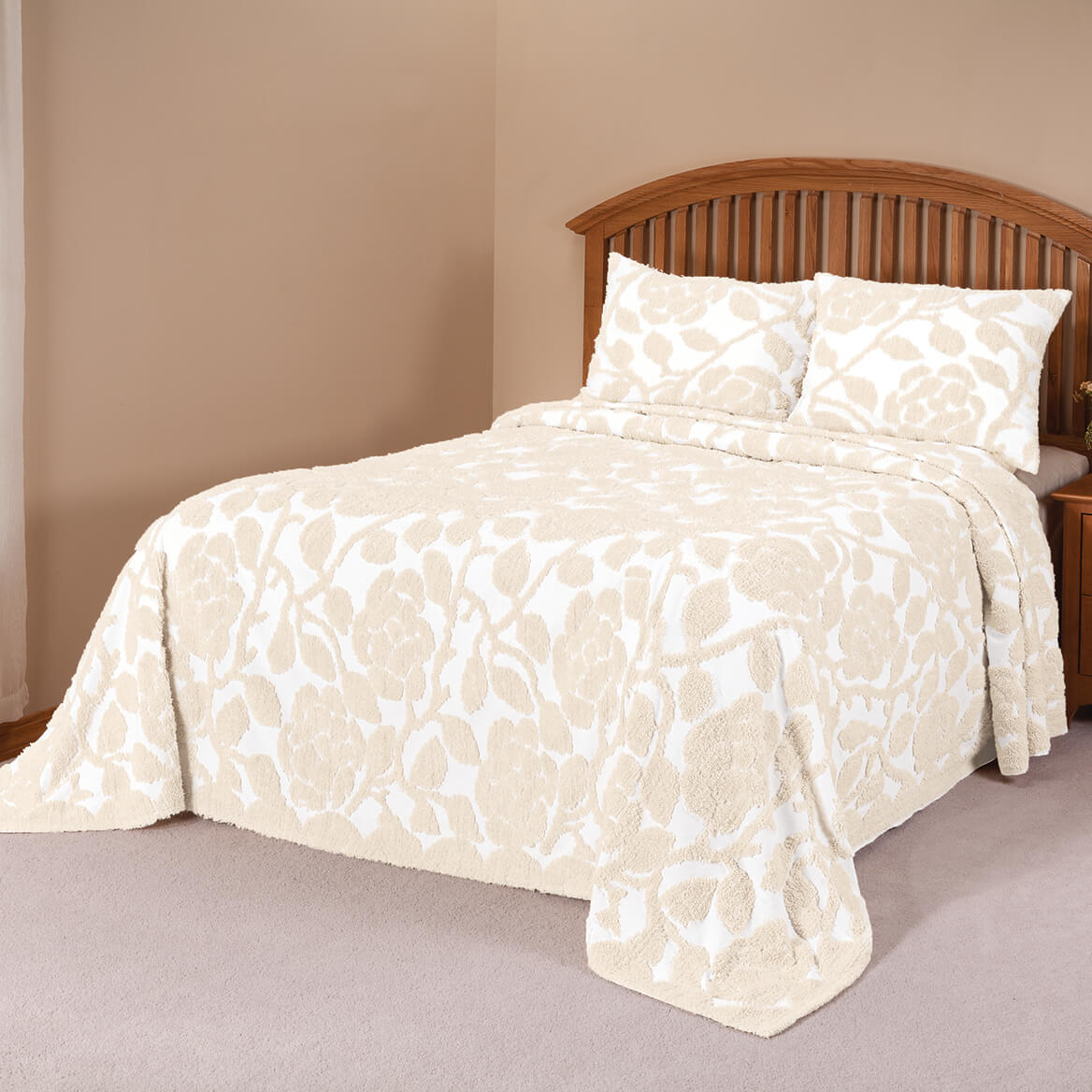 The-Grace-Chenille-Bedspread-by-OakRidgeTM thumbnail 6